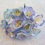 Цветы вишни микс в голубых тонах  5 шт 2.5 см
