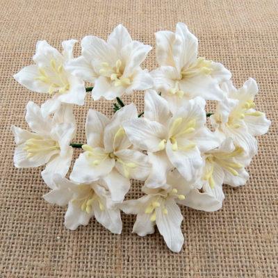Лилии белые, 3,75 см, 5 шт.