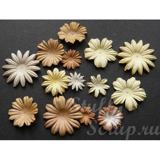 бумажные цветы и лепестки ручной работы для скрапбукинга и декора