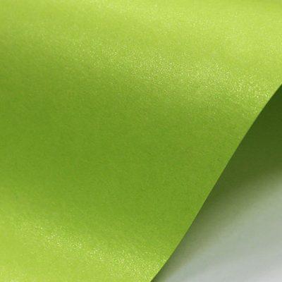 """Дизайнерская бумага """"Жемчужная"""" с перламутром, цвет яркий салатовый, 300 г/м2."""