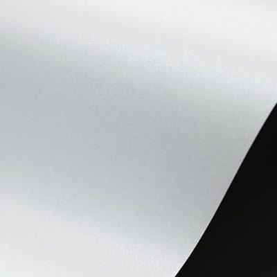 """Дизайнерская бумага """"Маджестик"""" с перламутром """"Ледяной белый"""", 30х30 см, 290 г/м2."""