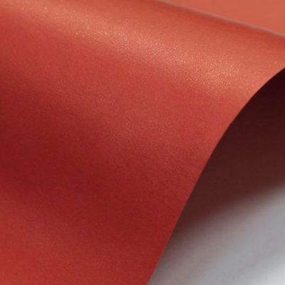 """Дизайнерская бумага """"Жемчужная"""" с перламутром, цвет ярко-красный, 300 г/м2."""