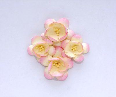 Цветы вишни 3,5 см (ScrapBerry's),  розово-бежевые, 4 шт