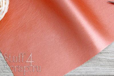 Кожзам перламутровый, розовый, 25*35 см