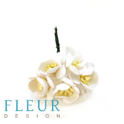 Цветочки вишни Айвори (Fleur design), 2,5 см, 5 шт