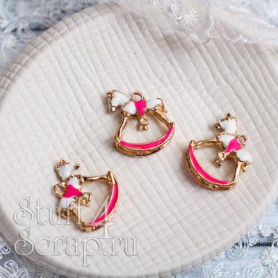 Металлическая подвеска лошадка объемная, розовый